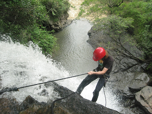 torrentismo or waterfall rappeling